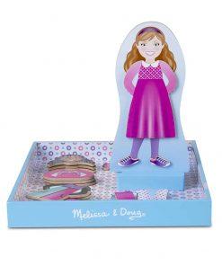 משחק הלבשה מגנטי לבובה מעץ - ילדה מודרנית