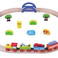 רכבת העמק הכוללת 24 חלקים, פסי ורכבת וסביבת גן חיות