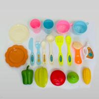 מדיח כלים אלקטרוני לילדים 28 חלקים הכולל כיור עם ברז אלקטרוני מתיז מים, כלי מטבח, חומרים וכלים לניקוי, פירות וירקות.